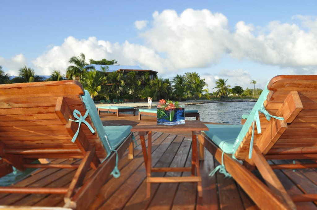 Pier Lounges - Between 2 Plus Lounges to Beach - Belize Resort - Chabil Mar