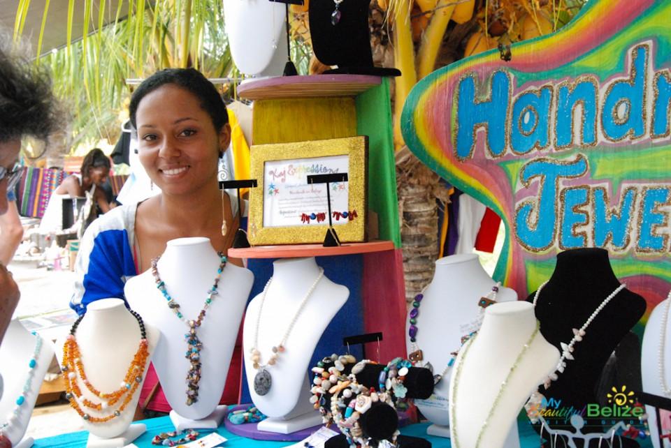 Placencia-Sidewalk-Art-Festival Belize