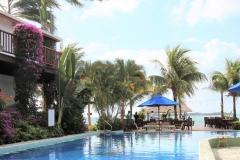 Pool-to-Beach-2-Chabil-Mar-Resort-Belize